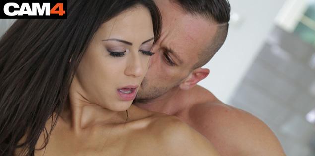 Cassie et Dorian Del Isla, deux pornstars à découvrir en sex live cam !