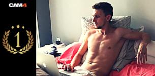 Performance de la semaine: NikHorseDick, le nouveau roi des french sex webcam