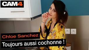 Chloé Sanchez, toujours aussi cochonne en sex live cam et en INTERVIEW VIDEO !